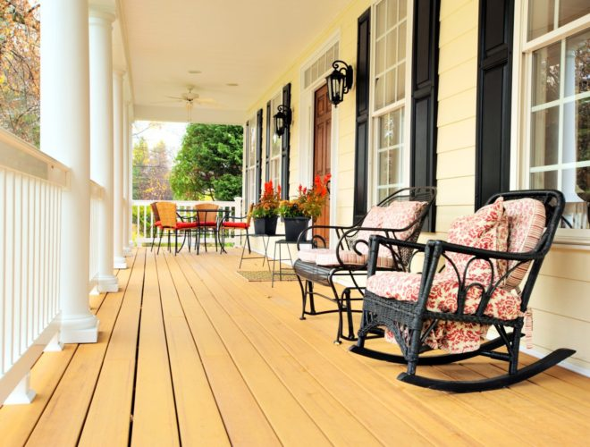https://seiconstructioninc.com/wp-content/uploads/2015/04/bigstock-Front-Porch-Of-Traditional-Hom-6891921.jpg