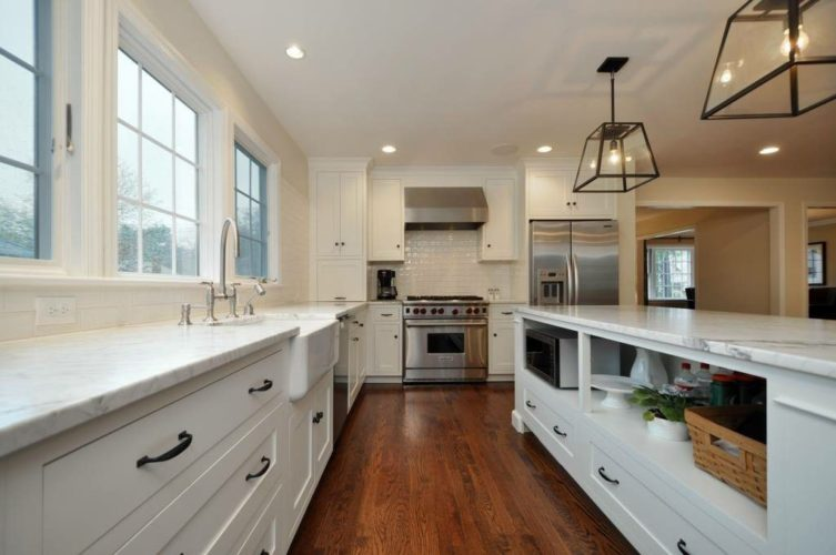https://seiconstructioninc.com/wp-content/uploads/2015/06/High-End-White-Kitchen-Remodel.jpg