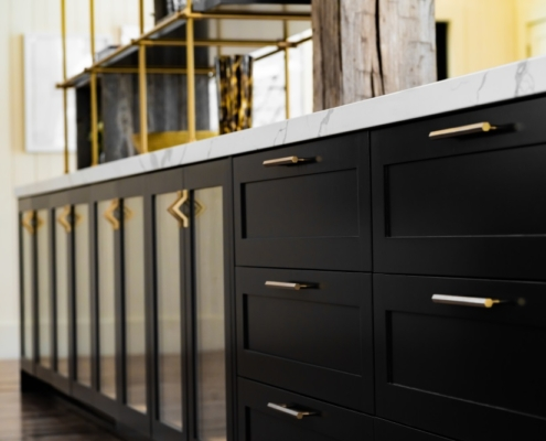 Black cabinets in home design trends 2020